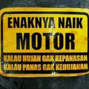 naik motor enak