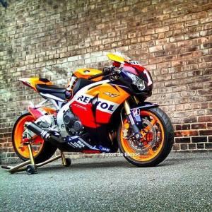 Honda CBR1000R (2)
