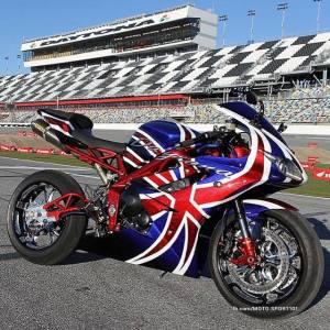 Triumph Daytona!!