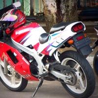 Flashback Suzuki RGR 150 R, salah satu legenda motor kencang di masanya.