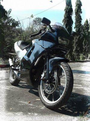 Suzuki rg 150 r (11)