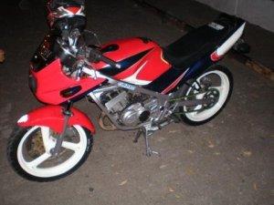 Suzuki rg 150 r (15)