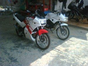 Suzuki rg 150 r (6)