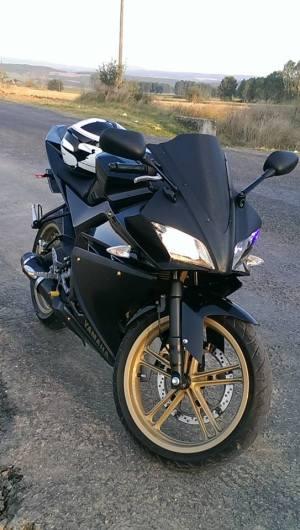 Yamaha R125 (127)