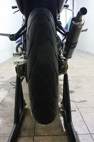 ban belakang terlalu besar