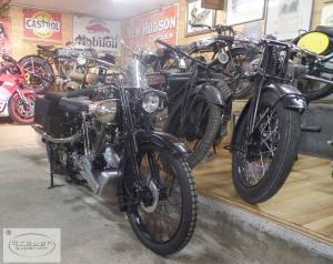 Brough Superior 33