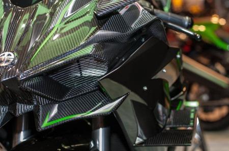 headlamp Ninja H2R (12)