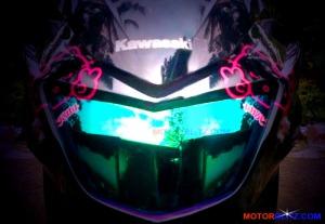 lampu depan motor pelangi