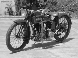 Reading Standard motorcycle 2