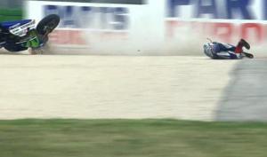 lorenzo crash 2015 simoncelli circuit MotoGP (19)