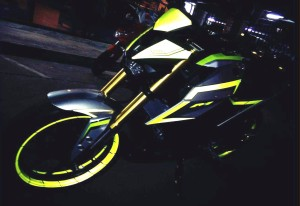 yellow kuning modifikasi Yamaha Xabre 150 M-Slaz (21)