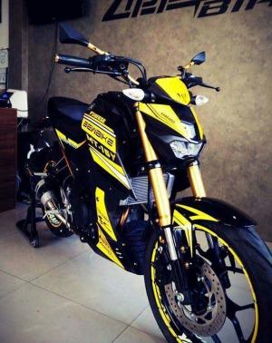 yellow kuning modifikasi Yamaha Xabre 150 M-Slaz (9)