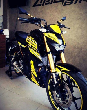 yellow kuning modifikasi Yamaha Xabre 150 M-Slaz (9)