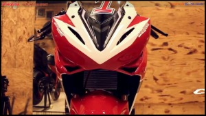 custom modifikasi cbr150r 2016 Racing Red Concept