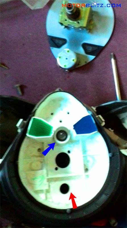 copot-panel-dan-kaca-speedometer