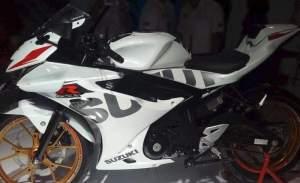 gsx-r150-putih-modif